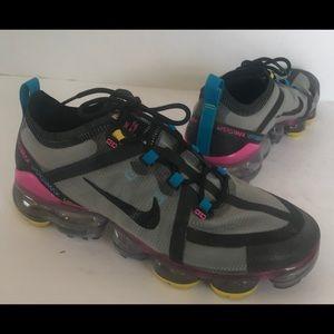 Nike Air Vapor Max Water Resistant Sneakers 8.5